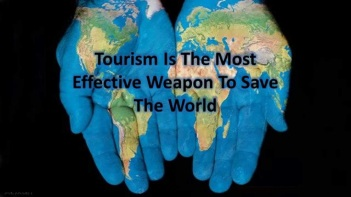 happy_tourism1