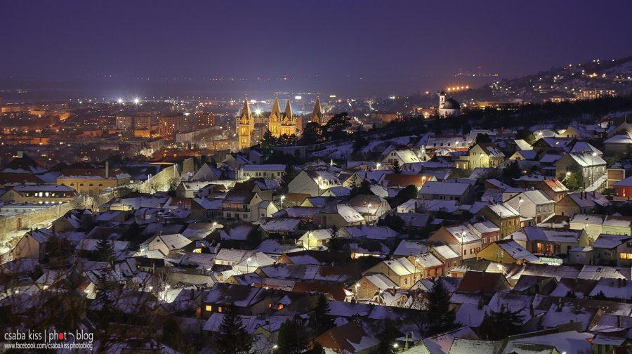 pecs_wintertown
